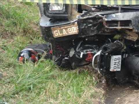 Acidente de moto na estrada para Serra Negra