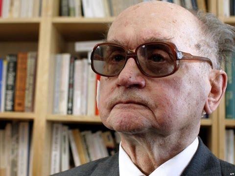 Poland's last Communist leader Wojciech Jaruzelski dies