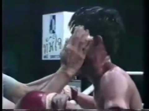 Muay Thai Kickboxing crazy Elbow FIGHT Highlight 2010 by medibelgium Image 1