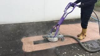 Décapage de sol avec un Scater 5 Falch