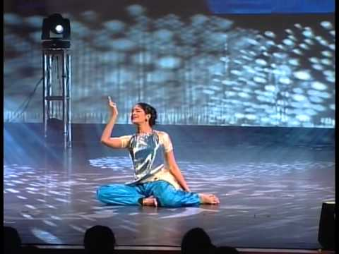 Contemporary & Bharathanatyam Fusion Dance
