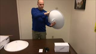 Ubiquiti Networks PowerBeam M5 AC (PBE-5AC-500) unboxing & assembly by Intellibeam.com