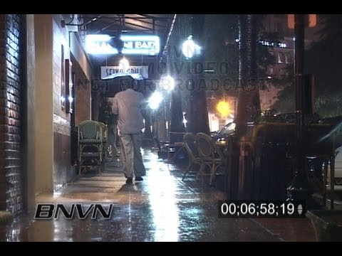 9/19/2006 Sarasota FL, Heavy Rain And Lightning Video