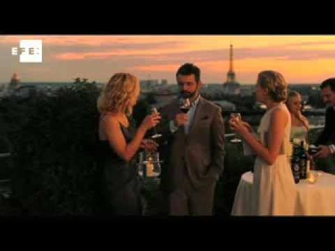 Woody Allen releases Midnight in Paris trailer with Carla Bruni-Sarkozy