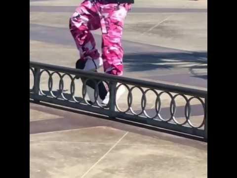 @stephenlawyer drips flavor 📲: @lord_giz & @ale.doubleoh | Shralpin Skateboarding
