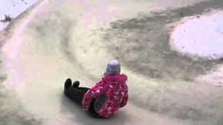 Awesome Kids Snow Sledding Course    ViralHog