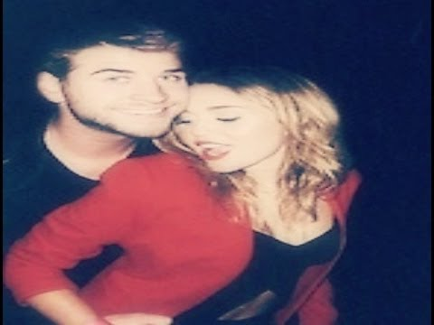 Miley Cyrus and Liam Hemsworth / Wrecking ball ♡  /