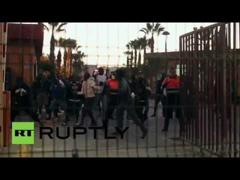 Spain: Hundreds of African migrants try to breach Spanish border