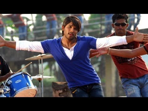 Varudu Movie Songs - Kalalu Kaavule - Allu Arjun Bhanu Sri Mehra video