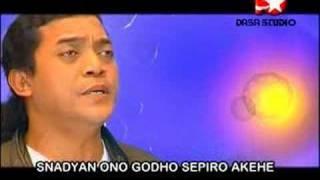 Download lagu Ojo Sujono