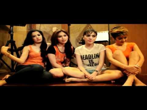 Foxy Girls, Girlband Seksi Yang Demen Melayu