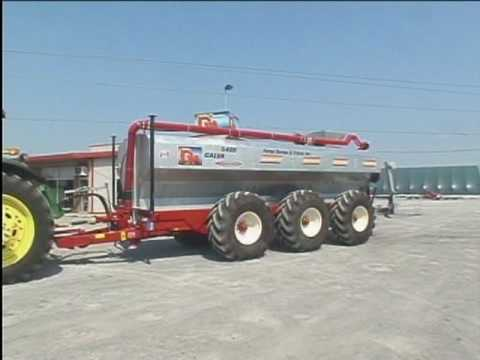 DM Machinery Galvanised Manure Spreader - Epandeur fumier Galvanise