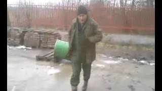 RUSSIAN style Polish Workers Turn Trash Can Into Cannon!