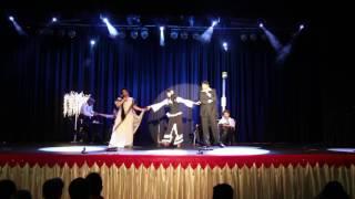 download lagu Babuji Dheere Chalna gratis