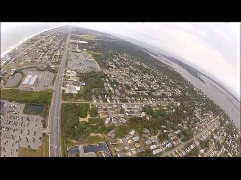 Aaron and Alisa on a proposal trip over the Outer Banks with Coastal Helicopters!