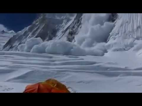 Avalanche in Mt. Everest 2014 April 18 accident ever in the history of Everest region NEST Adventure