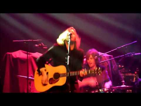 Andy Burrows - Keep On Moving On - Live @ Melkweg, Amsterdam - 29-11-2012