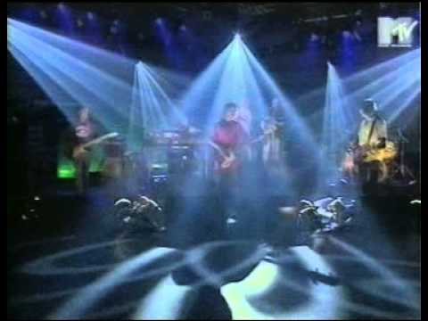 Primal Scream - If They Move Kill Em (Live MTV)