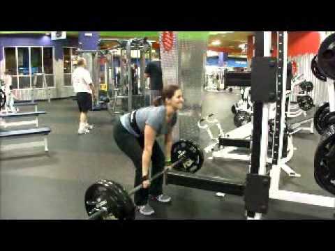 Katie Lobliner Deadlifts 12-20-10