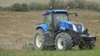 New Holland T8. 300 + Spedo