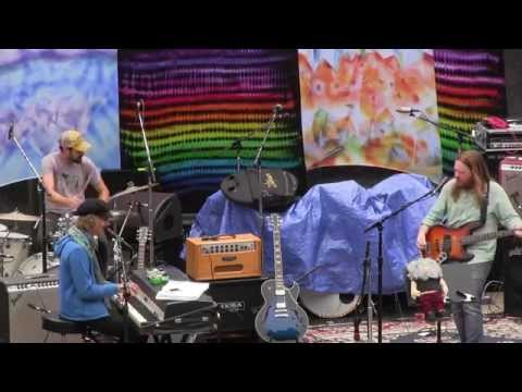 Just Like A Woman - Tea Leaf Trio at Jerry Day 2014