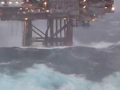 HUGE WAVE HITS DUNBAR OIL RIG NORTH SEA