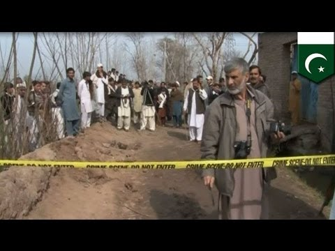 Suicide bomber hits Pakistan funeral