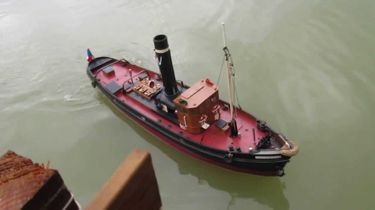 """Atlantica Steam 2013 : Le """"Valhording"""" de Pierre - bateau vapeur modèle réduit RC - boat - YouTube"""