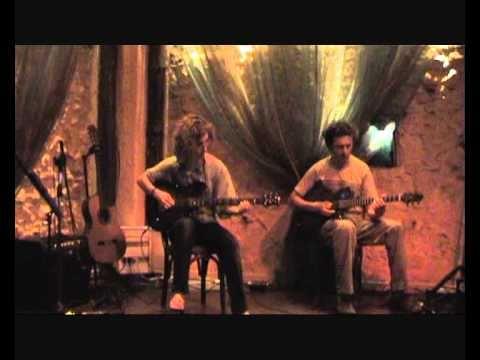 Η Χρυσα Ζερβα παιζει Metallica - Nothing Else Matters (guitarlab.gr)