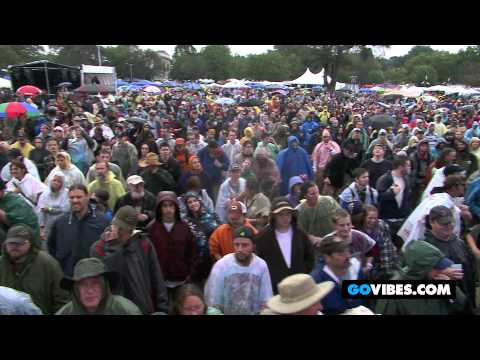 "7 Walkers Perform The Grateful Dead's ""Sugaree"" at Gathering of the Vibes Music Festival 2012"