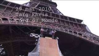Thumb Taig Khris (X-GAME) salta del primer piso de la Torre Eiffel en patines