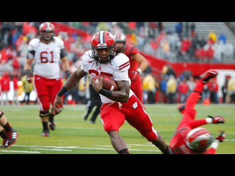 Melvin Gordon had a record-setting day against Nebraska last Saturday, but where does that put him on the list of Badgers running backs? Wisconsin insider Phil Dawson gives Bonnie Bernstein...
