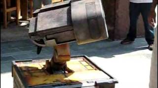 Thumb Robot de Wall-E construido en la vida real