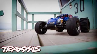 Traxxas Rustler VXL - Day at the Beach