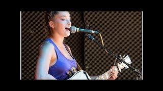 Download Lagu 'Voice' winner Brynn Cartelli performs at Nantucket brewery alongside Drew Cole Gratis STAFABAND