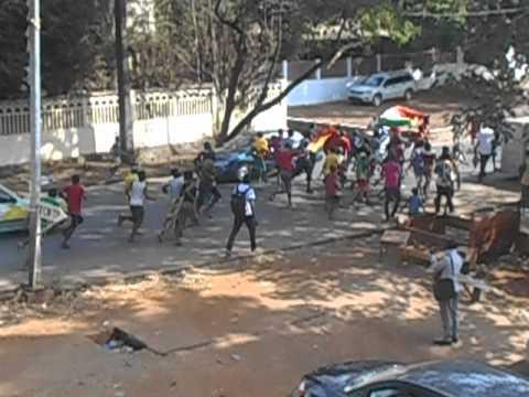 Ebola est qualifié ou bien le syli ? Conakry est en fête !