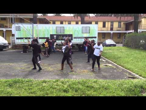 Bosco Arena Happy Dance aus Kapstadt, Südafrika