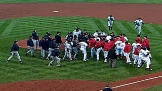 ALCS Gm3: Red Sox Martiez, Ramirez, Yankees Clemens, Zimmer in benches-clearing