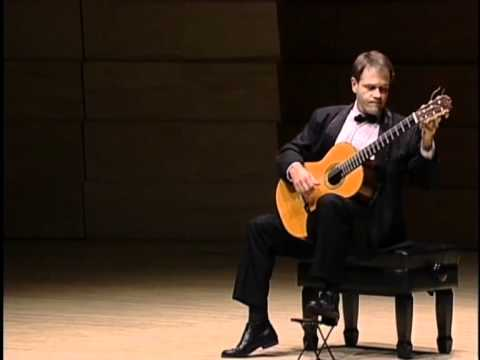 Leon Koudelak plays: Joaquin Turina, Sonata op. 61, second movement