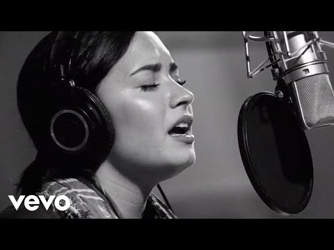 Cover Lagu Demi Lovato - Stone Cold (Live In Studio)