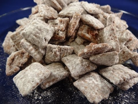 Puppy Chow Recipe (Yummy cereal snack for people)