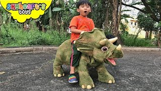 We rescued MOMMY TRICERATOPS - Skyheart with dinosaurs for kids toys jurassic park