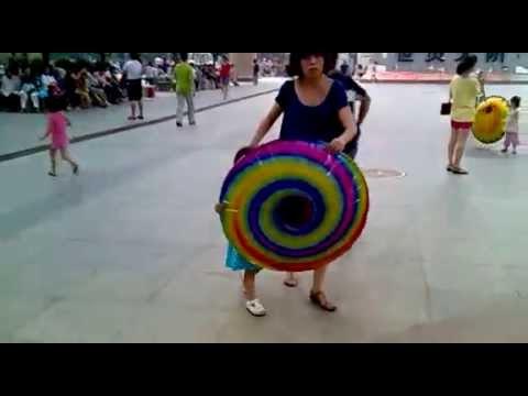 Как сделать летающую тарелку для выступления
