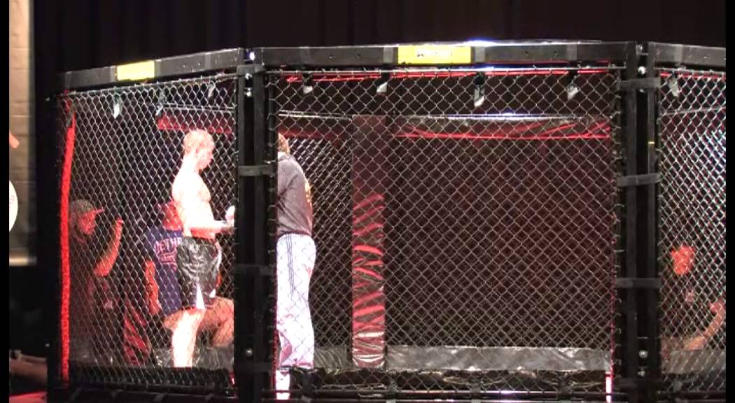 MMA - GABRIEL VEST VS CATALIN CRISAN - YouTube