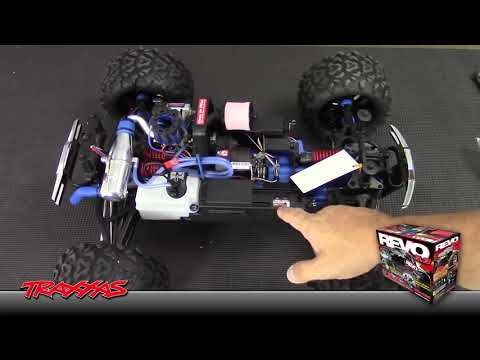 Traxxas Revo 3.3 Review Part 1 - Unboxing / First Impression