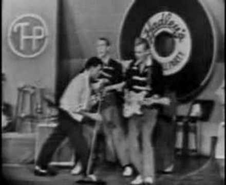 Gene Vincent – Rip It Up 1958