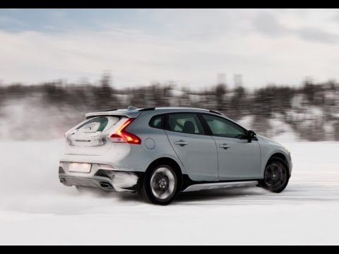 Volvo V40 Cross Country T5 AWD review