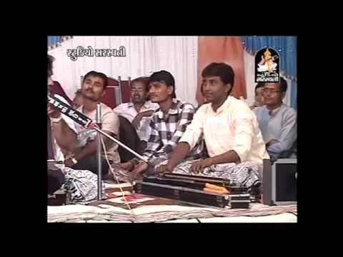 Kirtidan Ghadhvi,osman Mir | Gujarati Live Bhajan 2014 | Gujarati Dayaro video
