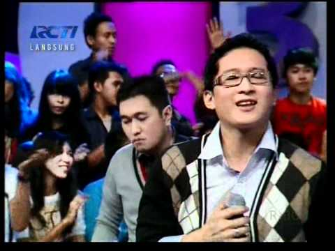 "Dygta ""Ku Merindukan Mu"",performed At Dahsyat (12/05)(Courtesy RCTI)"