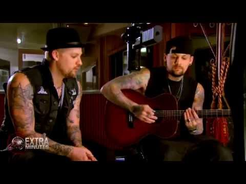 "Joel & Benji Madden - ""Brother"" (acoustic) @ 60 Minutes Australia"